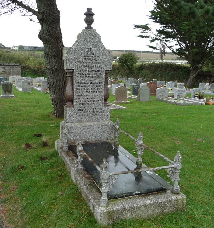The Grave of Thomas Barnes & Sarah Elizabeth (nee Wright) and son