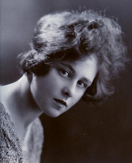 Ivy Alice Hibbitt, nee Dando