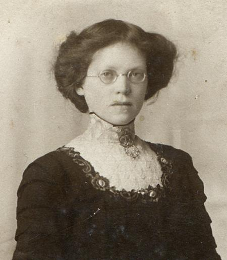 Florence Weaver (nee Smale)