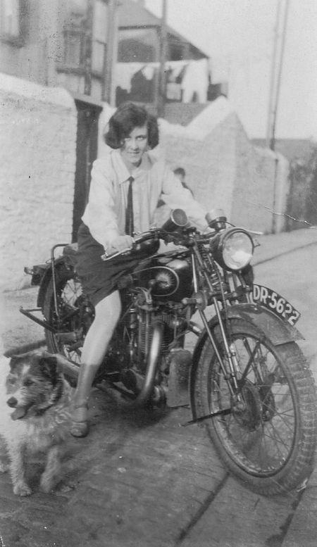 Ivy Alice Dando (1927)
