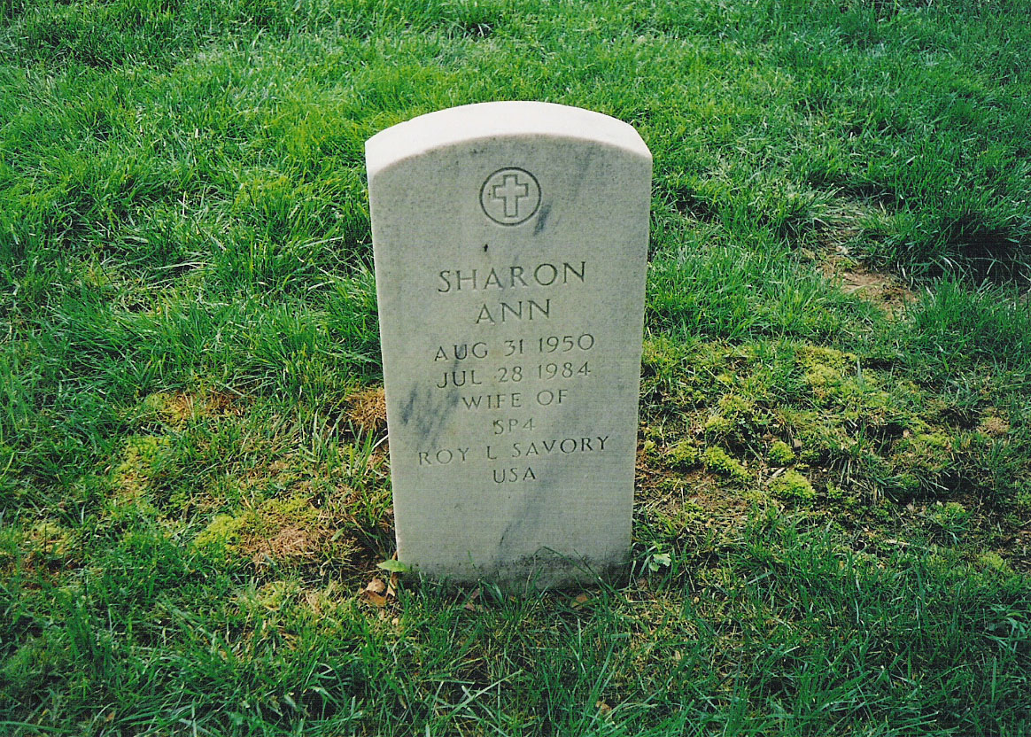 Headstone of Sharon Ann Savory in Arlington National Cemetery.