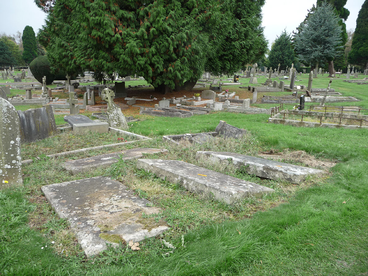 Fryer graves in Chepstow Municipal Cemetery