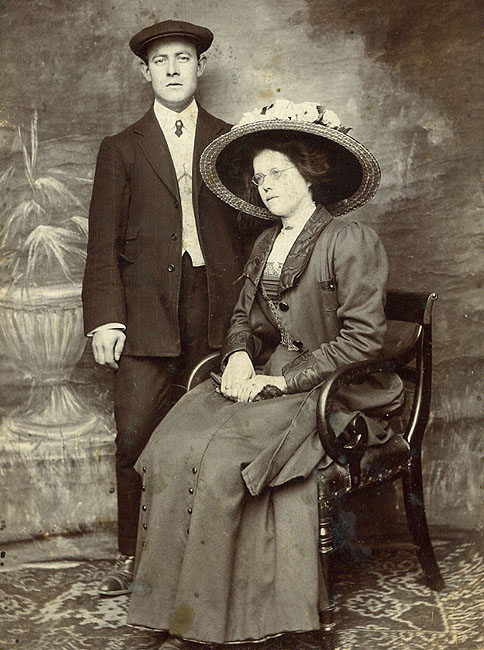 Henry James Weaver & wife, Florence (nee Smale)